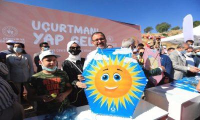 Bakan KASAPOĞLU Diyarbakır'da 'Piraziz Parkı Açılış Töreni Ve Uçurtma Festivali'ne Katıldı