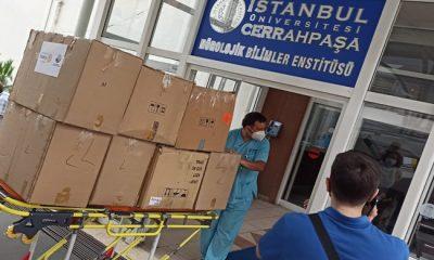 Ispartakule Rotary Kulübünden Cerrahpaşa Tıp Fakültesi'ne Kemoterapi Şapkası Bağışı