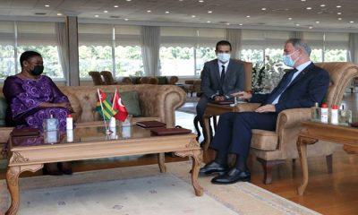 Millî Savunma Bakanı Hulusi Akar, Togo Savunma Bakanı Essossimna Marguerite Gnakade ile Bir Araya Geldi